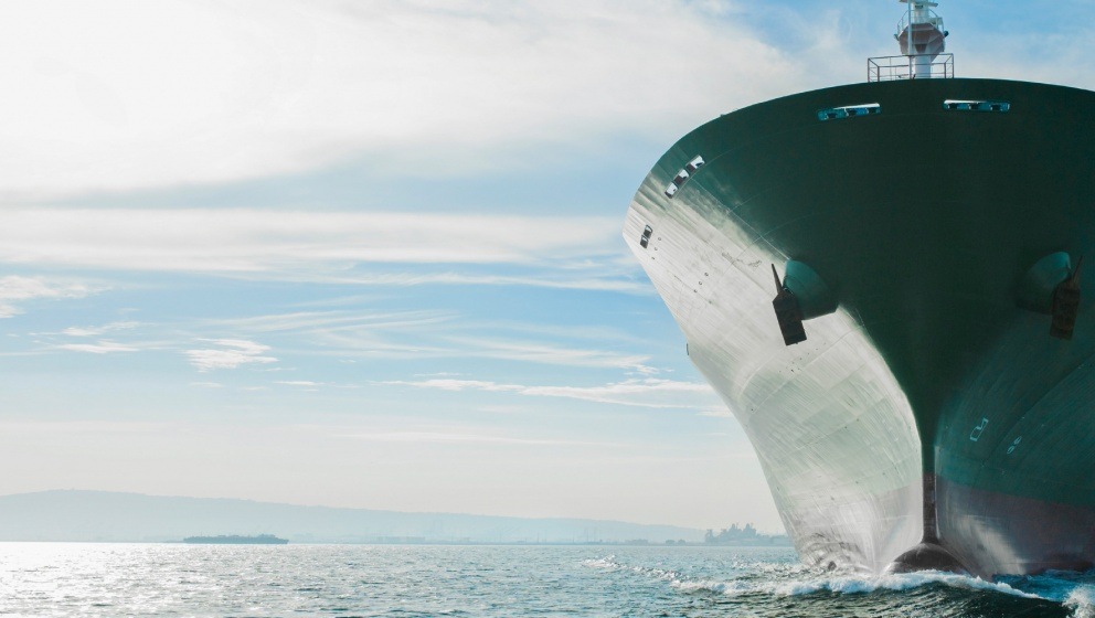 low-carbon shipping vessel